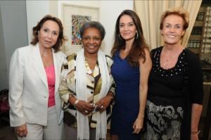 Adelina Alcântara, Luiza Bairros, Cláudia Métne e Andrée de Ridder
