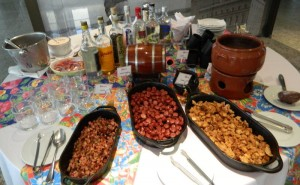 Detalhe da mesa de feijoada
