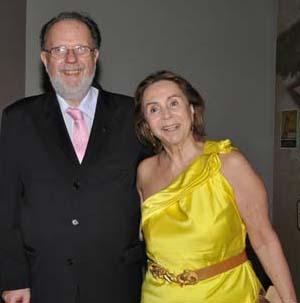 Anfitrião Sérgio Junqueira Arantes e a madrinha do Prêmio Caio, Adelina Alcântara Machado