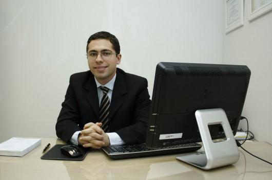 Dr. Marcello Duarte Vieira