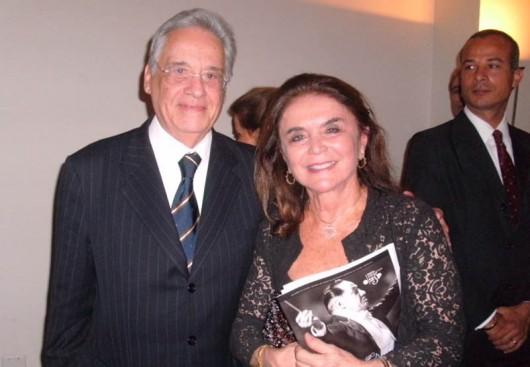 Distinguido, ex-presidente Fernando Henrique Cardoso e a viúva de Eleazar de Carvalho, Sonia Muniz