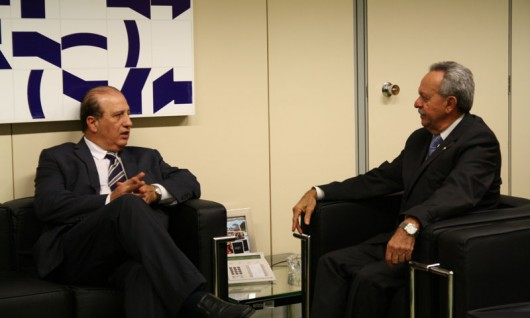 Em Brasília, reunião do presidente do TCU, ministro Augusto Nardes com o senador Benedito de Lira (PP-AL)