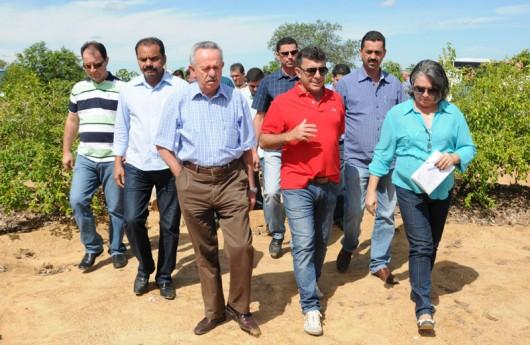 Em comite, senador Benedito de Lira (PP-AL) visita Petrolina