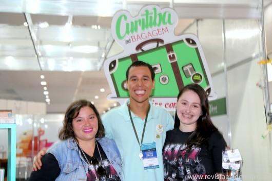 Do Curitiba Convention&Visitors Bureau ,Michele  de Oliveira e Luan Sampaio com Bruna Souza.