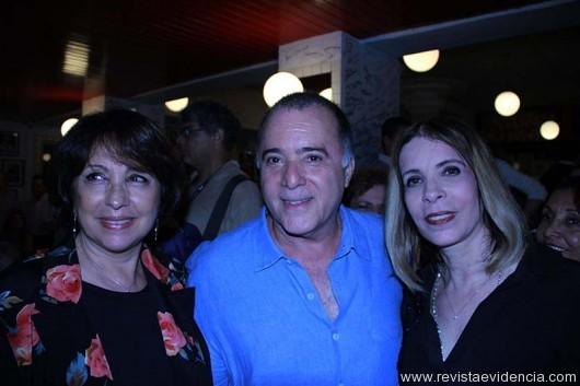 Lidiane (esposa de Tony Ramos), Tony Ramos e Liége Monteiro de Carvalho.