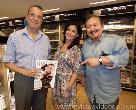 Pessoas especiais num evento especial, ela com Zé Walter Maciel e Leo Santos