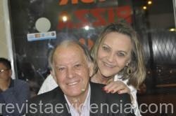 Foto 02- A aniversariante com o marido Rafael Martins