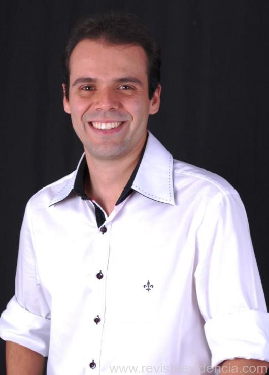 Foto 02- O Empresário Rafael Sombra ex. Presidente da Aje Associação dos Jovens Empresários