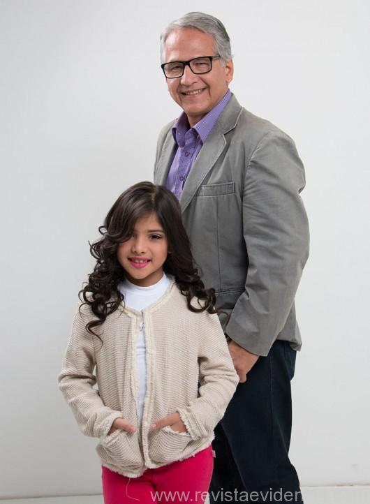 Making off: a pequena e bela Nicole Taques, modelo e miss mirim, com o seu pai, Hugo Taques, fotógrafo e blogger