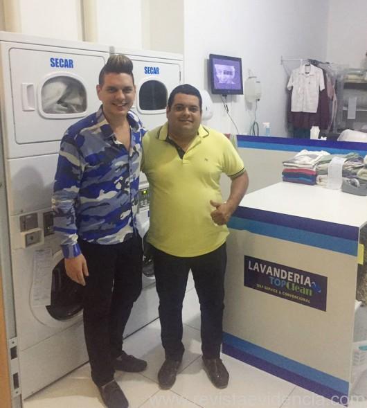 Wilton Rocha e o empresário Samy Alves