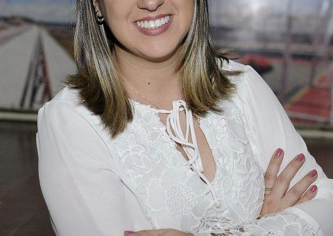Jornalista Luana Nunes