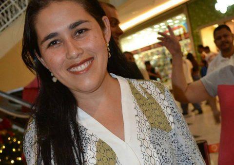 A Marketeira Claudia Helena Torres