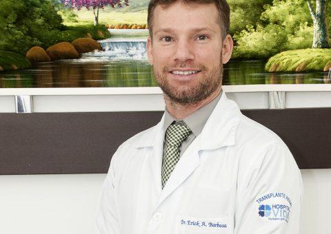 Médico nefrologista Erick Acerb Barbosa (Foto: Hugo Taques)
