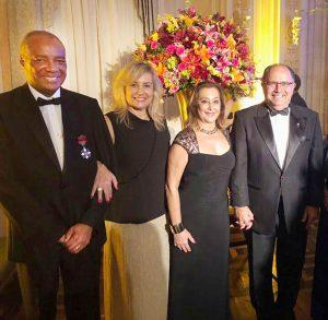 Jose Antonio Batista, presidente da Soamar/RJ, sua mulher, Claudia Batista; Valéria Marum Lima e seu marido, o vice-almirante Wilson Pereira Lima Filho