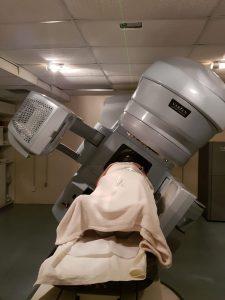 Máquina de radiocirurgia