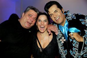 Os coordenadores do evento, Reinaldo e Isabella Chiapetta e o cantor Helder Moreira o nosso Elvis Presley brasileiro (Cover)