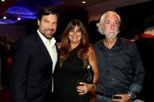 O ator Ricardo Macchi e o casal, Paula e empresário Rodolfo de Moraes