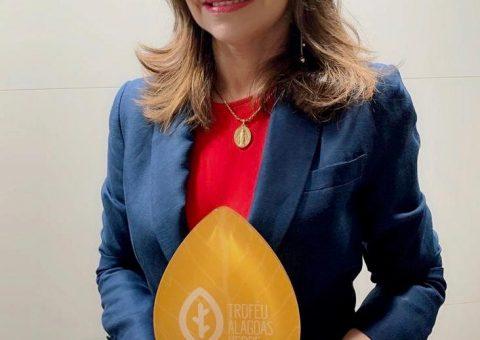 Prefeitura de Feliz Deserto recebe Troféu Alagoas Verde categoria Master