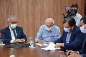 Tribunal de Contas de Alagoas e Equatorial Alagoas celebram convênio para programa de eficiência energética