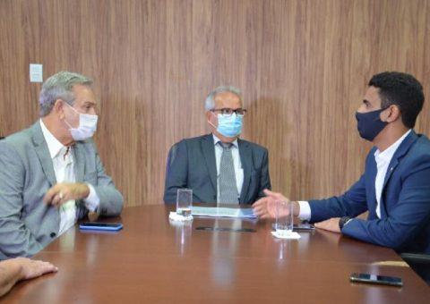 Presidente Otávio Lessa recebe o novo prefeito por Maceió