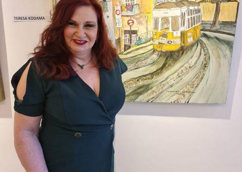 """Teresa Kodama visita a exposição """"Arte no Século XXI da Inn Gallery"""
