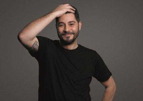Evaristo Costa protagoniza campanha de MEN, do Boticário, com dicas de beleza bem-humoradas e desafio divertido