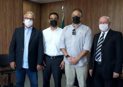 TCE recebe presidente da Câmara de Vereadores de Maceió