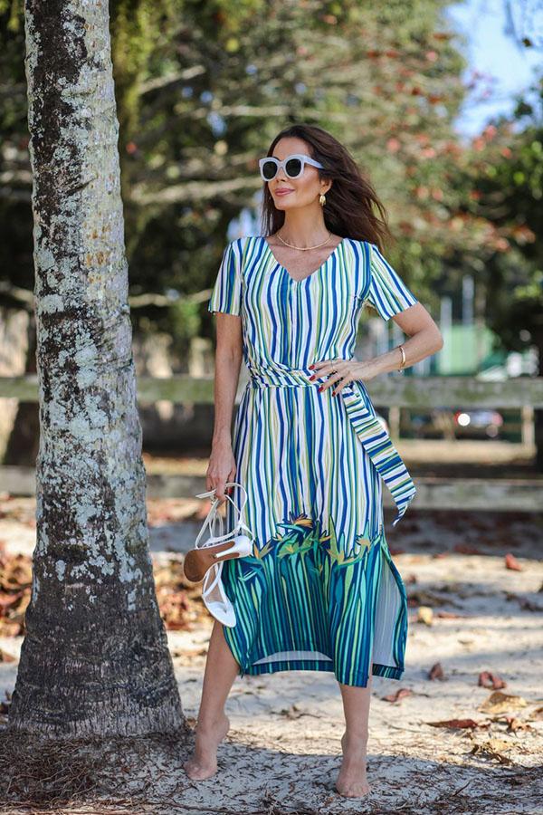 Claudia Métne apresenta a moda que produz conforto e elegância